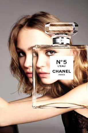 Daily delight Lily-Rose Depp for Chanel No.5 L'Eau